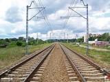 POL_Nowy_Dwór_Mazowiecki_linia_kolejowa_Fotopolska.eu_(327366)